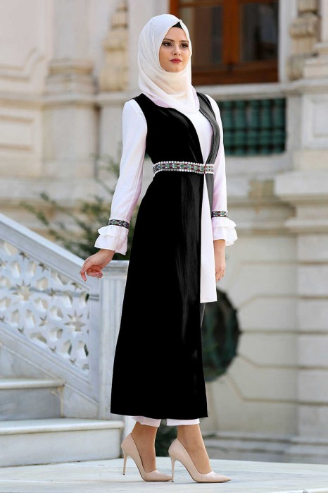 BLACK TUNIC AND VEST SUIT