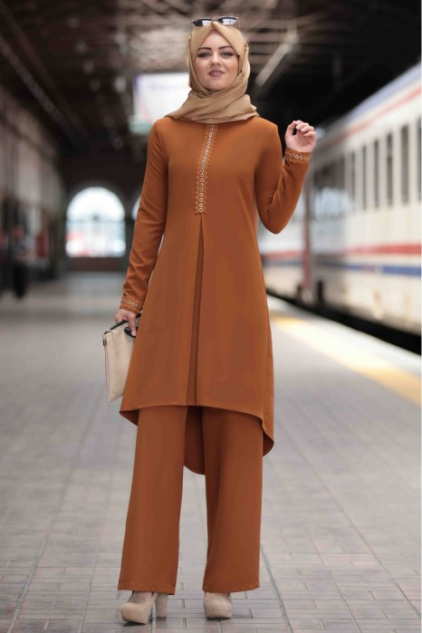 TAN COLOR TUNIC AND PANT SUIT