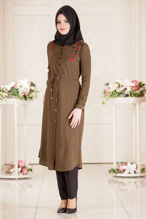 Embroidery Dress With Flowers On The Shoulders Khaki