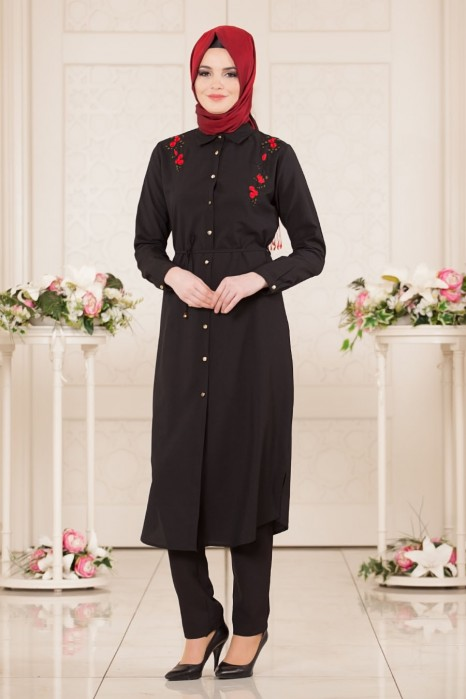 Embroidery Dress With Flowers On The Shoulders Black