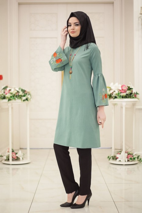 Neclaced Light Green Colored Tunic