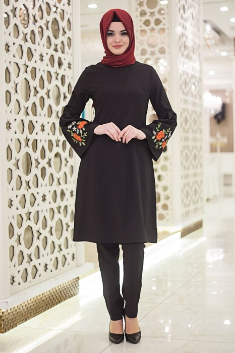 Neclaced Black Colored Tunic