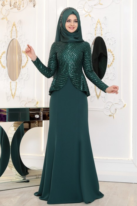 GREEN EVENING DRESS